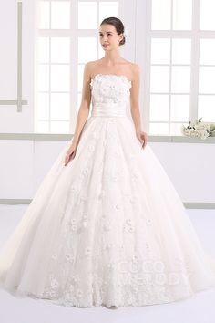 Hot Selling Strapless Natural Train Tulle Ivory Sleeveless Lace Up-Corset Wedding Dress with Appliques and Petals JWLT15013