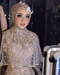 what colour are muslim wedding dresses Muslim Wedding Gown, Kebaya Wedding, Muslimah Wedding Dress, Muslim Wedding Dresses, Muslim Brides, Bridal Dresses, Wedding Gowns, Wedding Cakes, Muslim Couples
