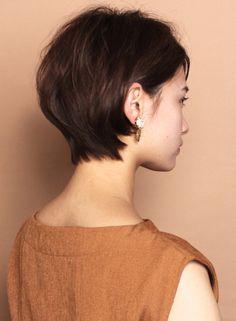 ☆小顔効果☆大人のショートボブスタイル(髪型ショートヘア)(ビューティーナビ) Short Pixie, Pixie Cut, Short Hair Cuts, Short Hair Styles, Haircut For Thick Hair, Hair Color, Hair Beauty, Hairstyle, Bob Haircuts