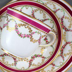 コールポートの朝食用トリオ http://eikokuantiques.com/?pid=86761922