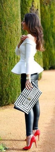 Wow! Such a great look! #blackandwhite #fashioninspiration