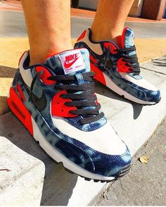 Nike Air Max 90 Essential Vapor Green Infrared Black