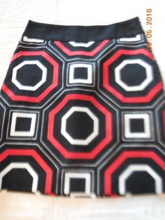 Ann Taylor Red Black White Geometric Print Pencil Skirt Lined Size 0 | eBay