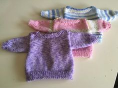 Baby Born Pattern for doll sweater (baby born, rattle) Baby Born, Knitting For Kids, Baby Sweaters, Fingerless Gloves, Arm Warmers, Knitting Patterns, Knit Crochet, Dolls, Children
