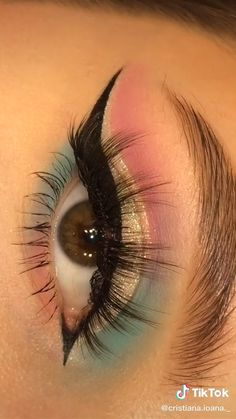 Edgy Makeup, Makeup Eye Looks, Eye Makeup Art, Eye Makeup Steps, Crazy Makeup, Smokey Eye Makeup, Eyeshadow Makeup, Doll Eye Makeup, Matte Eye Makeup