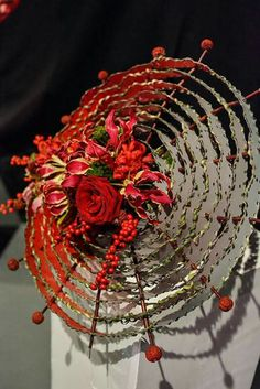 Wonderful Flowers, All Flowers, Paper Flowers, Metal Flowers, Flower Bouqet, Flower Vases, Modern Floral Arrangements, Flower Arrangements, Umbrella Decorations