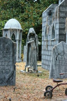 The Widow is based on a statue that appears in several cemeteries around the world. After retiring several props this year we needed to create a few more to replace. Halloween Graveyard, Halloween Tombstones, Scary Halloween Decorations, Halloween Displays, Halloween House, Halloween Art, Halloween Witches, Happy Halloween, Halloween 2018