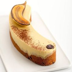 "Repost from @maria_selyanina Banana cake:-) Enero-2015. Банановый кекс с шоколадными вкраплениями и миндально-банановой жиандуйей:-) Maria Selyanina's House-Pastry Lab. www.escueladepasteleria.com (+34) 931224646 @maria_selyanina Barcelona - Spain Programa de Pastelería 2015. Cursos Marzo/Diciembre en la Casa-Escuela Internacional de Pastelería ""Maria Selyanina's House-Pastry Lab."" http://www.mariaselyanina.es/cursos/ Кондитерские курсы Март-Декабрь 2015. Отправляем вам ссылку на Программу…"