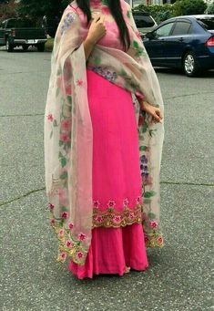 Haute spot for Indian Outfits. Punjabi Suits Party Wear, Punjabi Salwar Suits, Salwar Kameez, Punjabi Suits Designer Boutique, Indian Designer Suits, Embroidery Designs, Embroidery Suits Design, Designer Party Wear Dresses, Kurti Designs Party Wear