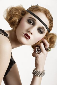 flapper inspired makeup. Might try this for my school's 1920s themed highball