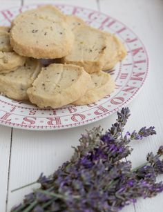 Mary Berry's Lavender Shortbread recipe made quick & easy Cookie Desserts, Just Desserts, Delicious Desserts, Yummy Food, Dessert Recipes, Lavender Shortbread, Mary Berry Shortbread, Lavender Recipes, Sage Recipes