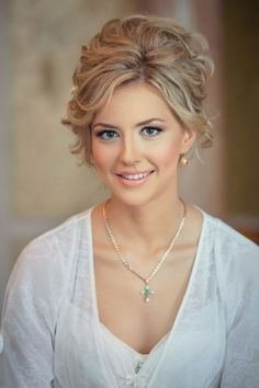 Wedding makeup for green eyes and blond hair :: one1lady.com :: #makeup #eyes #eyemakeup