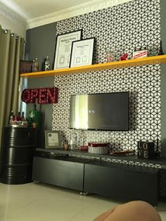 O Lado de Cá: Barril de ferro (tambor de metal) reciclado Do It Yourself Projects, Projects To Try, Tire Craft, Oil Barrel, Garage Furniture, Diy Garage, Tonne, Art Deco, Rustic