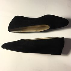 Stunning Italian suede flat w/slight wedge heel ❣ Gorgeous black suede Italian flats w/slight wedge heel. No noticeable wear on top of shoe / just bottom. This shoe is stunning and will last forever❣ Sylvia Fiorentina Shoes Flats & Loafers