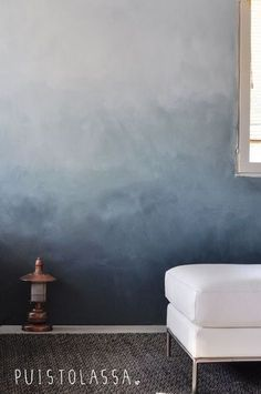 Diy bedroom wall paint Ideas for 2019 Living Room Paint, Living Room Decor, Living Rooms, Apartment Living, Traditional Paint, Wall Paint Colors, Blue Walls, White Walls, Ombre Walls