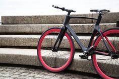 Bicicleta tem sensor que avisa quando outro veículo se aproxima