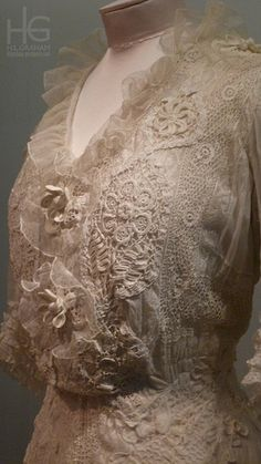 Cotton day dress with lace and crochet, possibly French, 1904-08