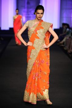 Pallavi Jaikishan Aamby Valley India Bridal Week Pallavi Jaikishan Collection, Designs, Fashion Shows, Lehengas & Sarees, Pictures and Photos on Bigindianwedding Indian Bridal Couture, Indian Bridal Lehenga, Indian Bridal Fashion, Pakistani Bridal Wear, Bridal Fashion Week, Indian Sarees, Indian Attire, Indian Outfits, Indian Clothes