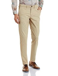 Jack & Jones is all set to design khaki pants casual wear product for men. The brand established themselves to cater youth of the country. The continuous new development in the array of capturing new customer everyday. The Jack and Jones is now first choice of youth
