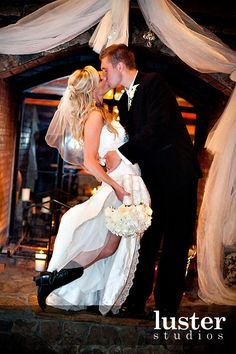 This site has some great wedding photo poses.