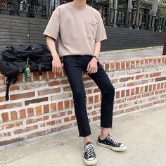 Korean Casual Outfits, Summer Outfits Men, Stylish Mens Outfits, Asian Men Fashion, Korea Fashion, Look Fashion, Korean Street Fashion Summer, Street Fashion Men, Mens Fashion