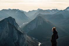 Sulphur Skyline hike near Jasper. Two week road trip itinerary around the Canadian Rockies O Canada, Canada Travel, Alberta Canada, Yoho National Park, National Parks, Perfect Road Trip, Hiking Photography, Travel Oklahoma, Canadian Rockies