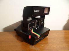 Polaroid 635 Supercolor Flash intégré Vintage Photo Vintage, Vintage Photos, Polaroid Vintage, Drip Coffee Maker, Kitchen Appliances, Diy Kitchen Appliances, Home Appliances, Coffee Making Machine, Kitchen Gadgets