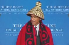Of The United States 🇺🇸 the eighth and 2016 on in was with a conical hat and a red-and-black blanket that was draped over his shoulders in Important People In History, Rugged Men, Barack And Michelle, Smart Men, Kings Man, Barack Obama, Presidents, Black Blanket, Handsome