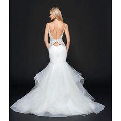 Dreams are coming true with @misshayleypaige!!! #hayleypaige #misshayleypaige #jlmcouture #dreamdress #wedding #bride #weddingideas #bridal #weddinginspo #love #ido #luxurybride #couturebridal #modernprincess #dress #fashion #amazing #mondaymotivation #pr