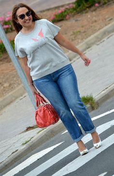 Sudadera: Juanjo Oliva para Eloggy (el Corte Inglés, s/s 13)  Jeans: H (s/s 13)  Zapatos: Gloria Ortiz (el Corte Inglés s/s 13)  Bolso: Liu Jo  Pulsera: Lowlita & you  anillo: Blanco (old)  Gafas de sol: miu miu