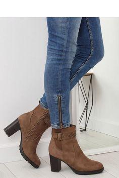 94da05aa0c0 Fashion e-Shop/Μποτάκια σουέτ ψηλοτάκουνα με τρουκς στο τακούνι - Καφέ - 040