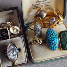 My love affair with antique jewelry began at a really young age when I'd habituallysift through and admire my mother's collectionof gold and jade rings, necklaces and bangles, all of which had been passed down from several generations. Mostpieces had a story - stories which I felt attached to