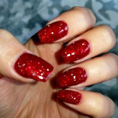 Red Sparkle Nails, Red Tip Nails, Red Glitter Nail Polish, Deep Red Nails, Red Acrylic Nails, Glittery Nails, Diy Nails, Candy Cane Nails, Pretty Nail Colors