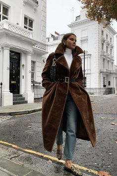 winter fashion outfits – What to wear in December: Rikke Krefting in a brown faux fur coat with jeans Winter Mode Outfits, Winter Fashion Outfits, Look Fashion, Autumn Winter Fashion, Trendy Fashion, Fur Coat Fashion, Jeans Fashion, Trendy Style, Classic Fashion