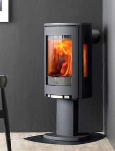 Jøtul F 373 White The versatile modern F 370 Series from Jotul features 10 customizable models. The award winning wood burning stoves offer power, efficiency [...]