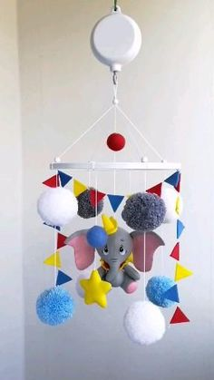 Dumbo Nursery, Circus Nursery, Elephant Nursery Decor, Nursery Themes, Baby Dumbo, Disney Baby Rooms, Disney Baby Nurseries, Disney Themed Nursery, Baby Disney