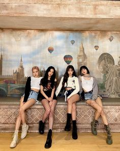 Kpop Girl Groups, Korean Girl Groups, Kpop Girls, Blackpink Lyrics, Blackpink Jisoo, Kim Jennie, Blackpink Twitter, Blackpink Poster, Lisa Blackpink Wallpaper