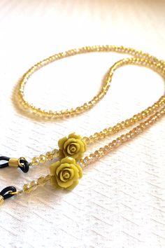 Seed Bead Jewelry, Cute Jewelry, Beaded Jewelry, Beaded Necklace, Sunglasses Accessories, Jewelry Accessories, Diy Collier, Eyeglass Holder, Imitation Jewelry
