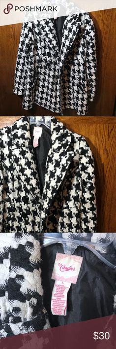 """Black and White Knit Pea Coat Acrylic • nylon • rayon • wool Size large Candies winter Coat winter jacket   Empire Waist Double Breasted Pea Coat Pre-Owned Condition  (signs of wear hardly noticeable. Light piling and few small snags along hemlines. Needs a proper cleaning)   This high quality jacket is great!  Bust (armpit to armpit): 20"""" Length (shoulder seam to bottom): 30"""" Candie's Jackets & Coats Pea Coats"""