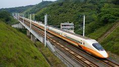 Os trens mais rápidos e velozes do mundo - TSHR 700T