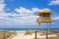 Are you looking for things to do near Brisbane? These are our top picks to spend the day, from island getaways to rainforests, inland cities and beaches. Best Beach Vacations Usa, Best Island Vacation, Lanai Island, Island Beach, Tonga, Tahiti Resorts, Famous Places In France, Where Is Bora Bora