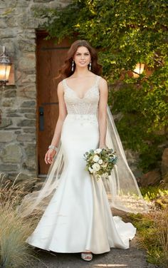 Bridal Gown Available at Ella Park Bridal | Newburgh, IN | 812.853.1800 | Essense of Australia - Style D2294