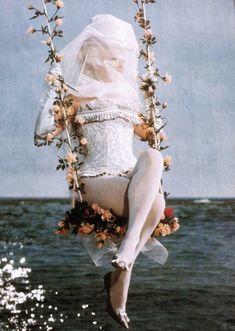 Sandra Milo during the filming of Juliet of the Spirits (1965, dir. Federico Fellini