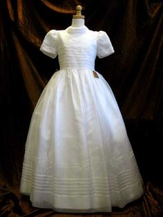 First Communion Dresses | ... carry a complete line of First Communion Dresses imported from Spain