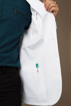 66 ideas medical doctor outfit fashion lab coats for 2019 Healthcare Uniforms, Medical Uniforms, Doctor White Coat, Scrubs Uniform, Lab Coats, Mens Fashion, Fashion Outfits, Fashion Styles, Medical Scrubs