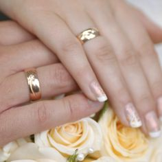10 Pretty, Fun Wedding Manicure Ideas: A French manicure is standard for weddings, but why not switch it up with something more unique and memorable? Check out these 10 exceptional ideas now and get inspired. Source: Thinkstock