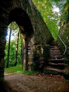 Midevil castle gate -Herbst Germany