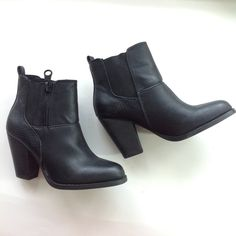 "NEW ALDO black ankle boots booties vegan sz 6 Manmade upper (vegan), crocodile embossed look, pull on bootie with double elastic gore insets for comfort and fit. Heel measures 3"". (Photo of modeled boots is not the pair listed. It's the same style, but it has contrasting heel and zip. It's included for reference only.) ALDO Shoes Ankle Boots & Booties"