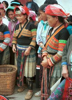 Flower Miao women together with some Side Comb Miao with their textiles, De Wo market, De Wo township, Longlin county, Guangxi province. 0010f36.jpg