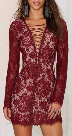 Lace Dress - Oxblood ==